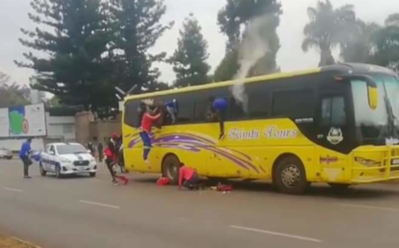 Zimbabwe Police Throw Teargas Into Bus Full Of Passengers
