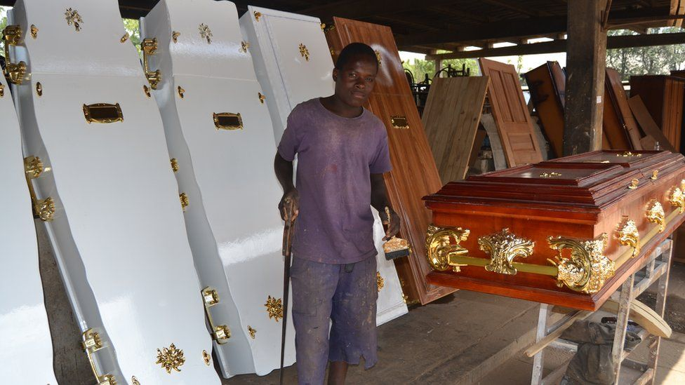 Coffin Makers Overwhelmed As Covid-19 Bares Its Ugly Teeth iHarare
