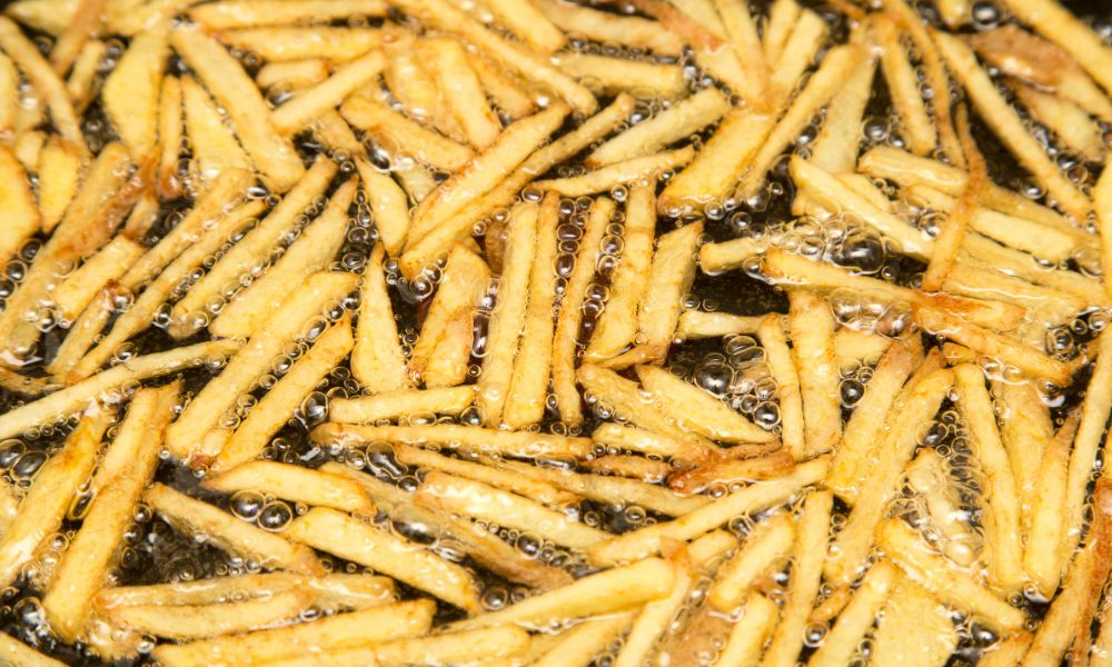 Transformer Oil Is Being Used For Cooking Fresh Chips