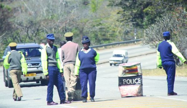Police fire live rounds at Toyota Wish