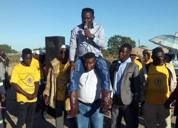 Kwekwe MP Notorious for holding rally on bouncer's shoulders