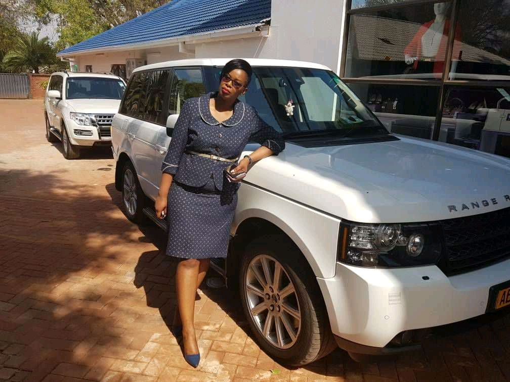 Army Accountant's Wife Shows Off Massive Wealth