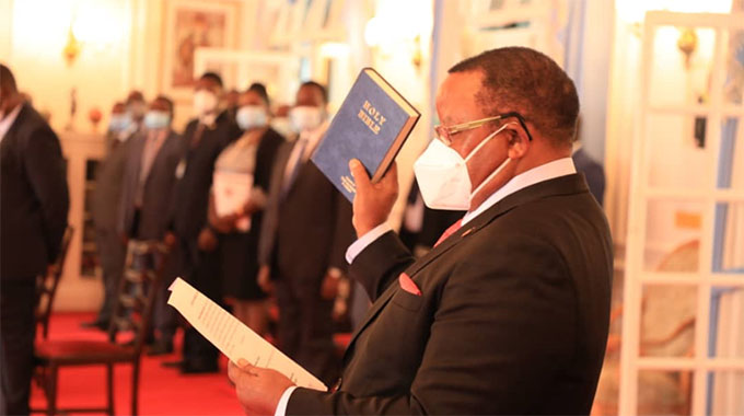 President Emmerson Mnangagwa Swears In Fredrick Shava A New Foreign Affairs Minister
