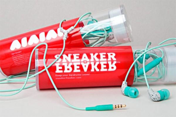 aiaiai earbuds sneaker freaker 1 600x399 AIAIAI Earbuds Collab with Sneaker Freaker