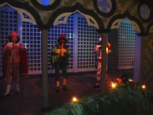creepy puppets according to Miss T in Venetian Garden