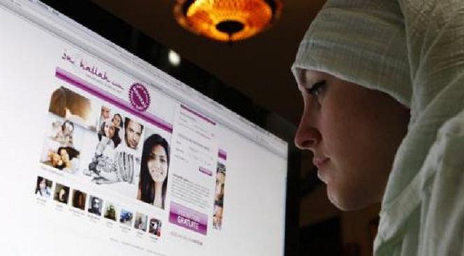 survei-muslim-bermain-internet-lebih-punya-pikiran-terbuka