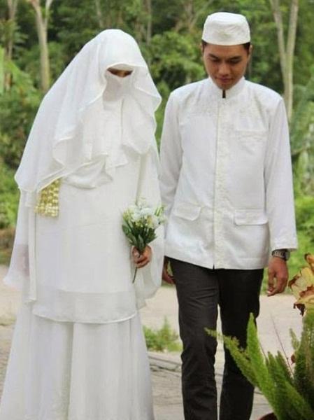 baju-pengantin-muslim-syari-bercadar