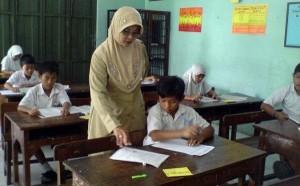 guru-mengajar