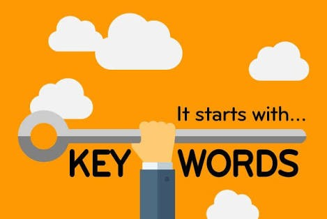keyword research image - hand with keys