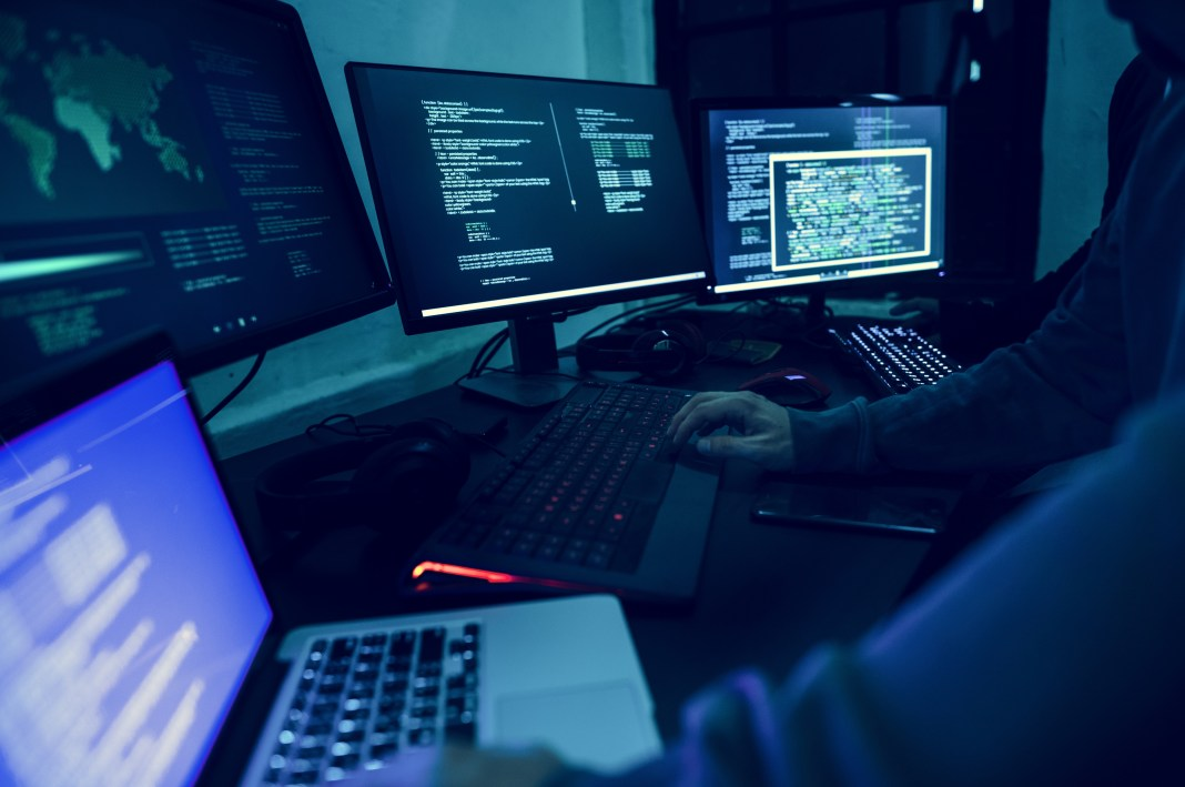 US Preparing for Retaliation against Russia, as it Confronts Hacking claims by China