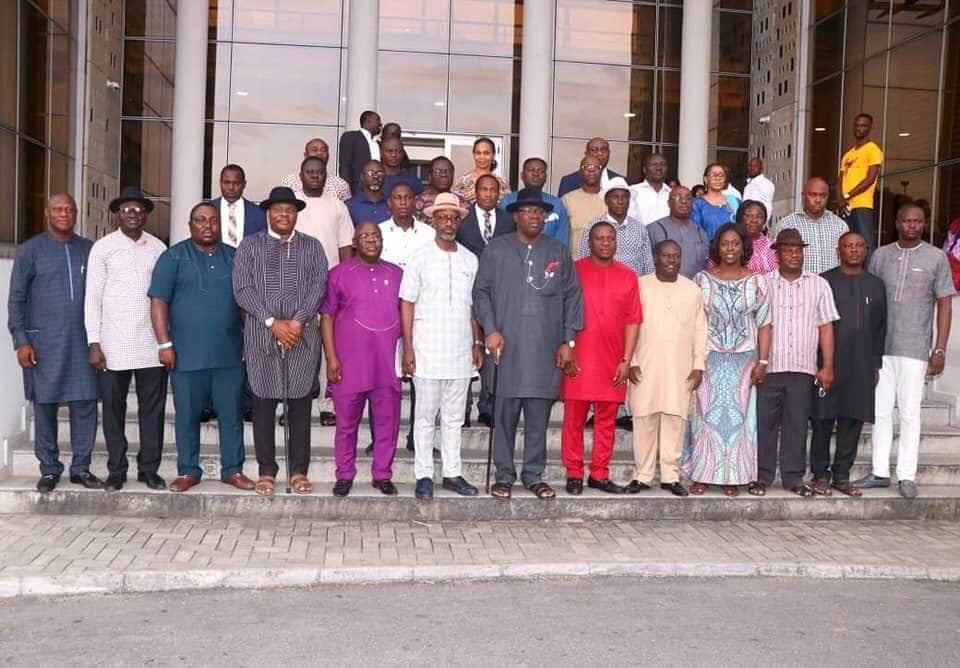 Gov. Dickson Inaugurates 41 Member Transition Committee