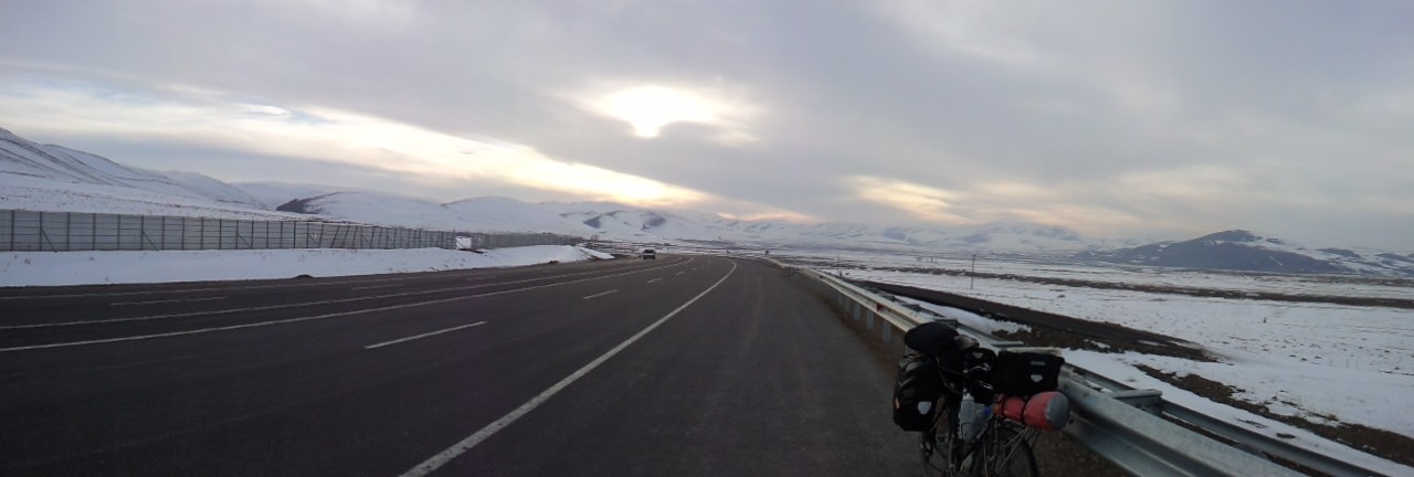 Looking back at the mountain range I had just passed - 10 miles to Erzurum.