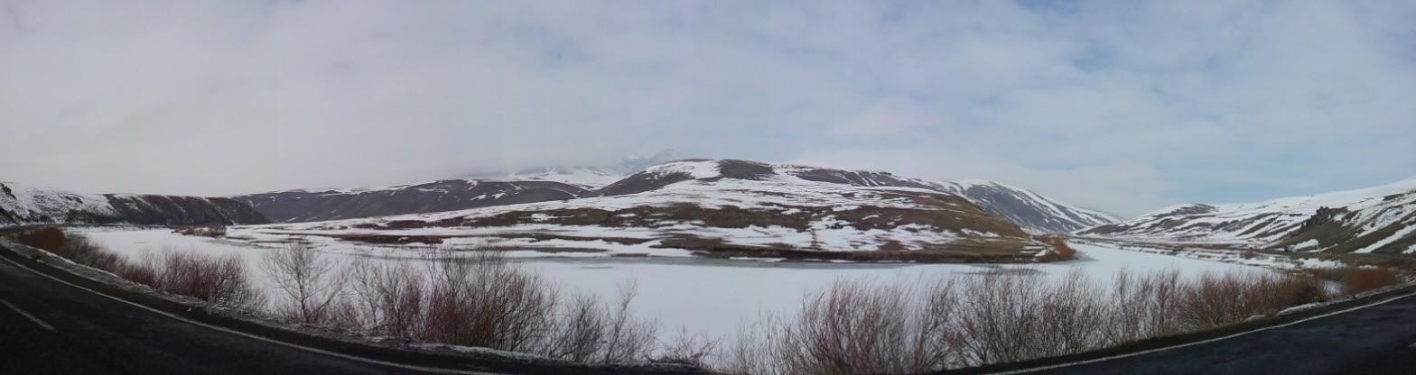 The frozen river I followed from Ağri to Tutak.