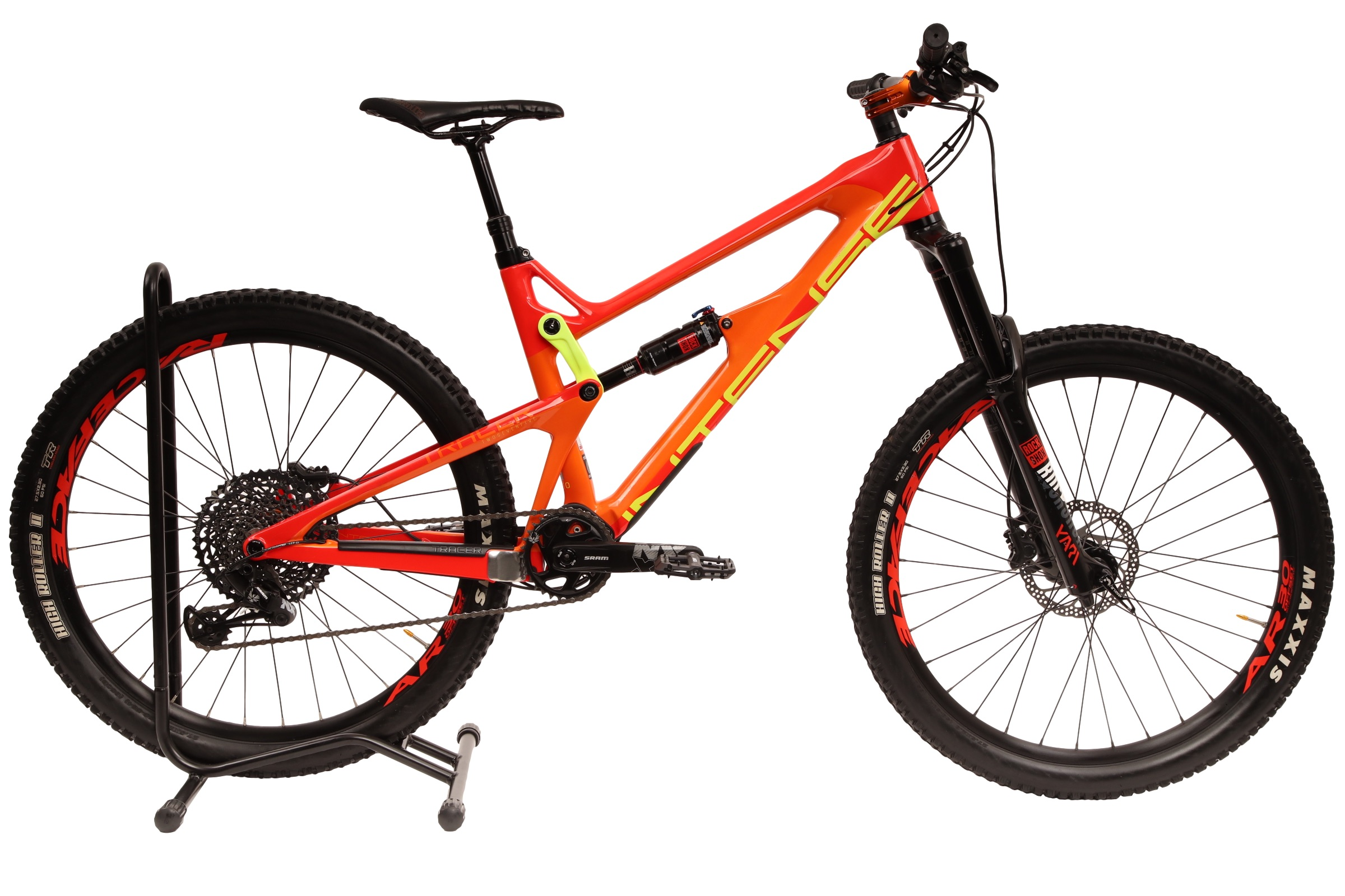 2017 Intense Tracer 275