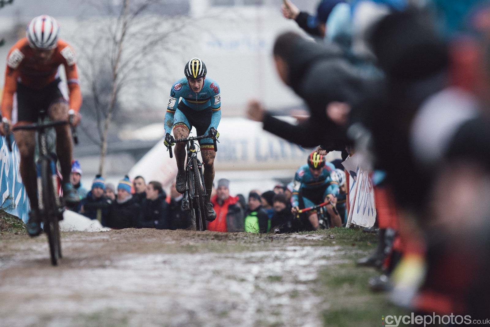 2016-cyclephotos-cyclocross-world-championships-zolder-111755-daan-soote