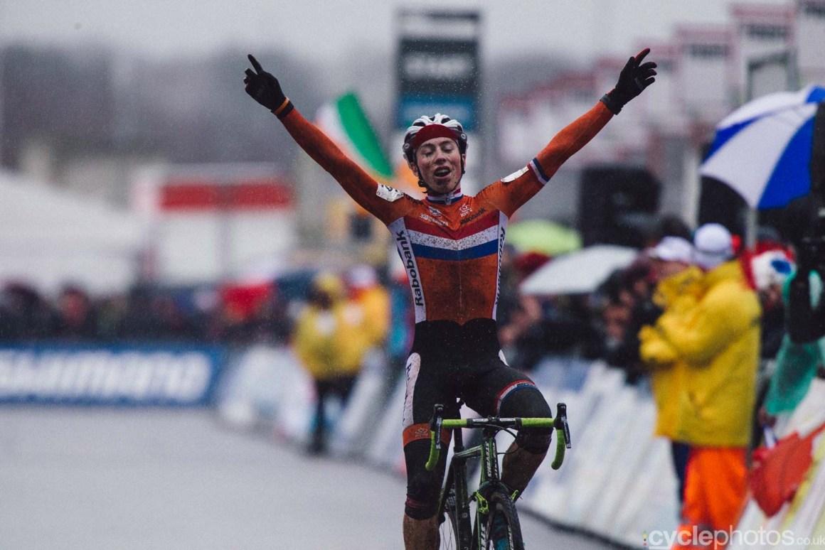 2016-cyclephotos-cyclocross-world-championships-zolder-114304-jens-dekker