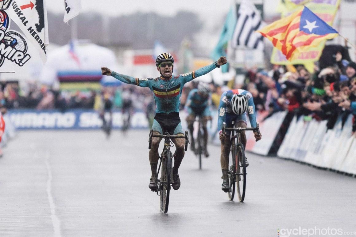 2016-cyclephotos-cyclocross-world-championships-zolder-114429-eli-iserbyt