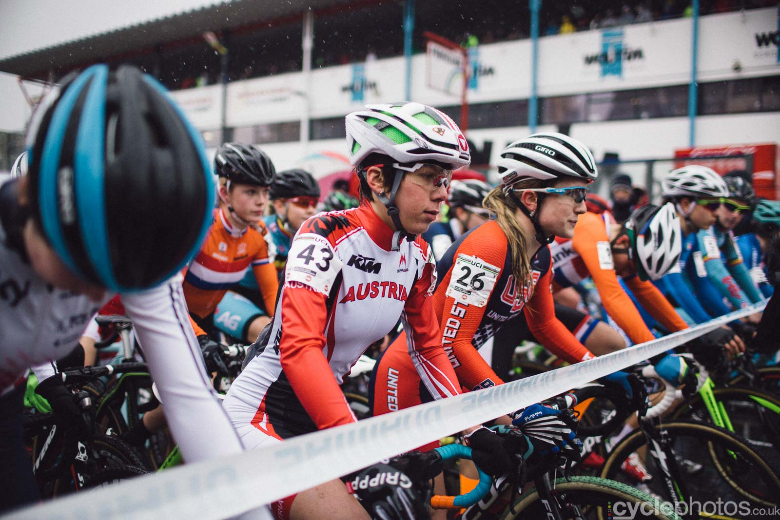 2016-cyclephotos-cyclocross-world-championships-zolder-125907-ellen-noble