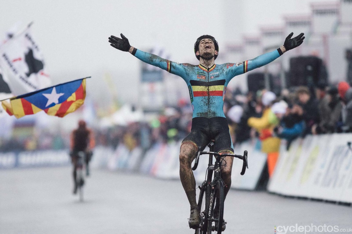 2016-cyclephotos-cyclocross-world-championships-zolder-155904-wout-van-aert