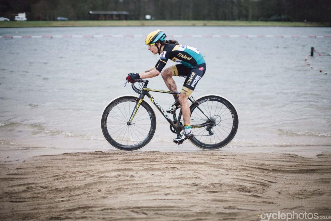 2016-cyclephotos-cyclocross-sint-niklaas-141050
