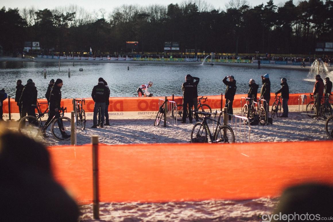 2016-cyclocross-zilvermeercross-mol-152317-david-van-der-poel
