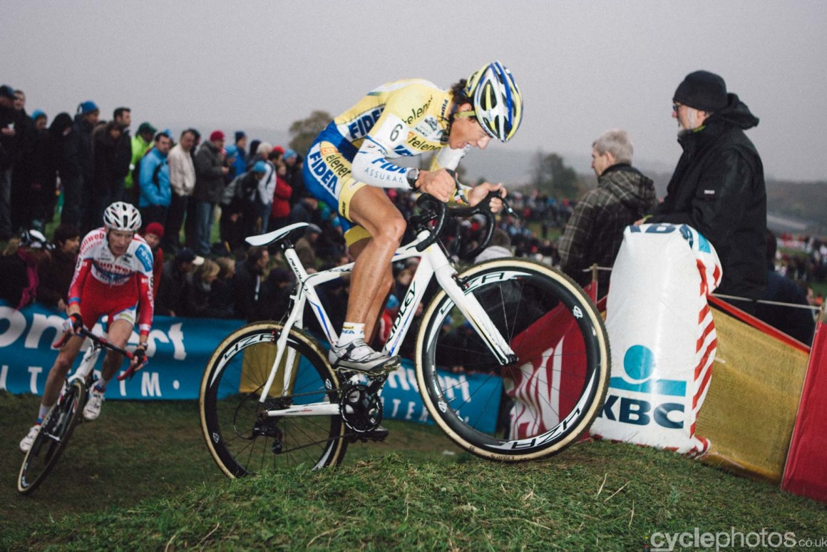 2015-cyclephotos-cyclocross-ronse-153102-tom-meeusen