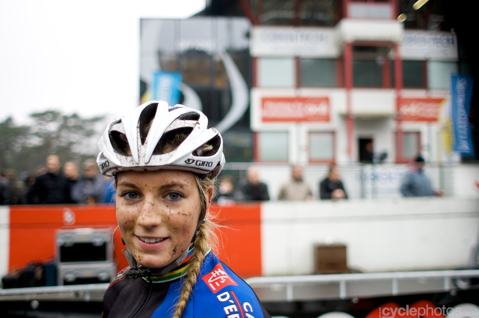 Pauline Ferrand Prevot is always ready to flash a lovely smile. Even after hard and miserably muddy race.