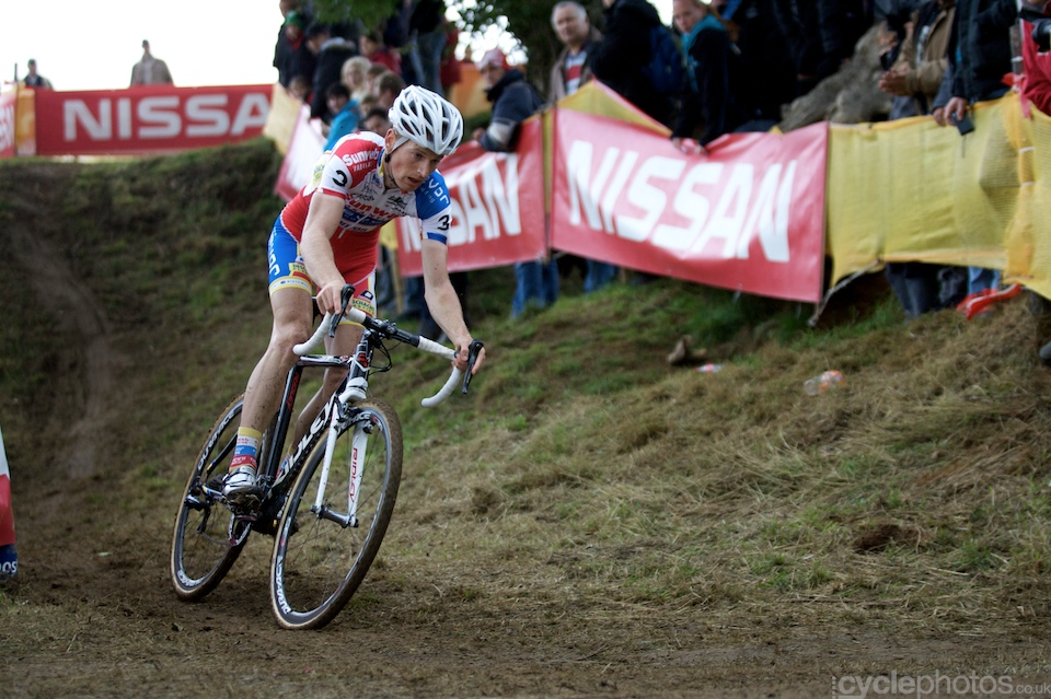 Pauwels turns onto the finishing straight during the first round of the Bpost Trofee cyclocross race in Ronse, Belgium.