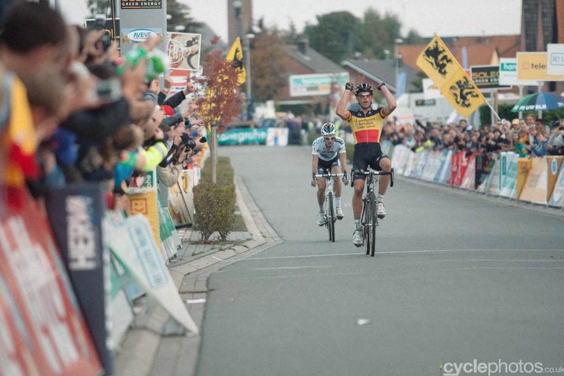 2012-cyclephotos-cyclocross-ruddervoorde-172540-sven-nys