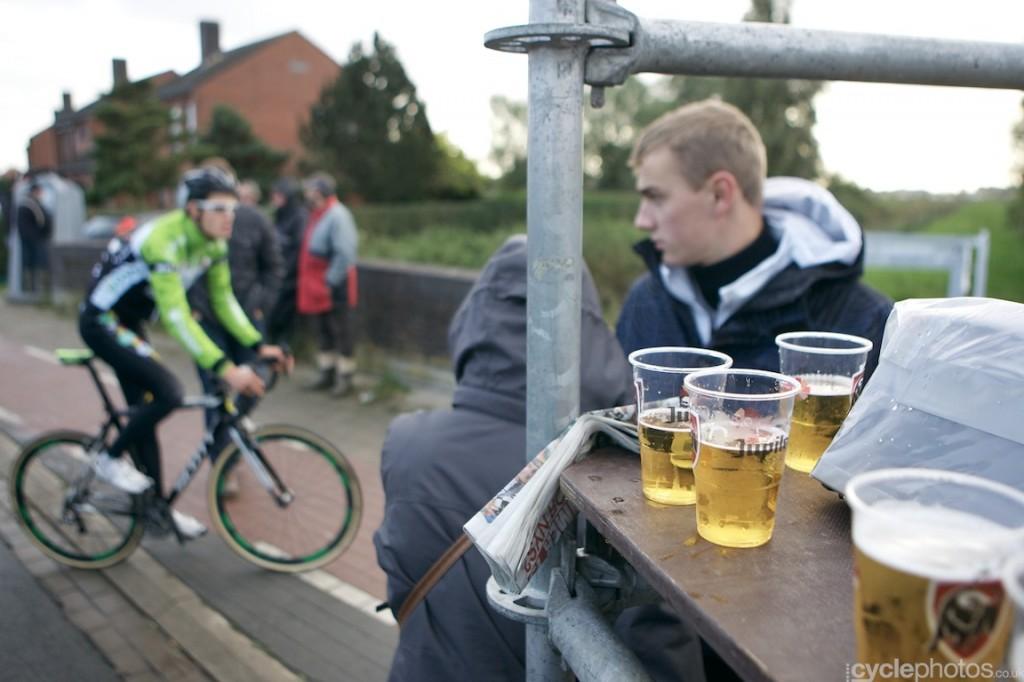 2013-cyclocross-superprestige-ruddervoorde-56-beer-and-rider