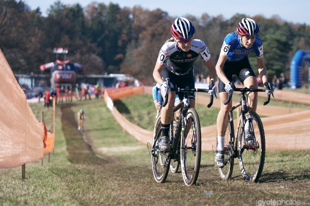 Kaitlin Antonneau overtakes Helen Wyman in the third lap of the elite women's cyclocross World Cup race in Tabor