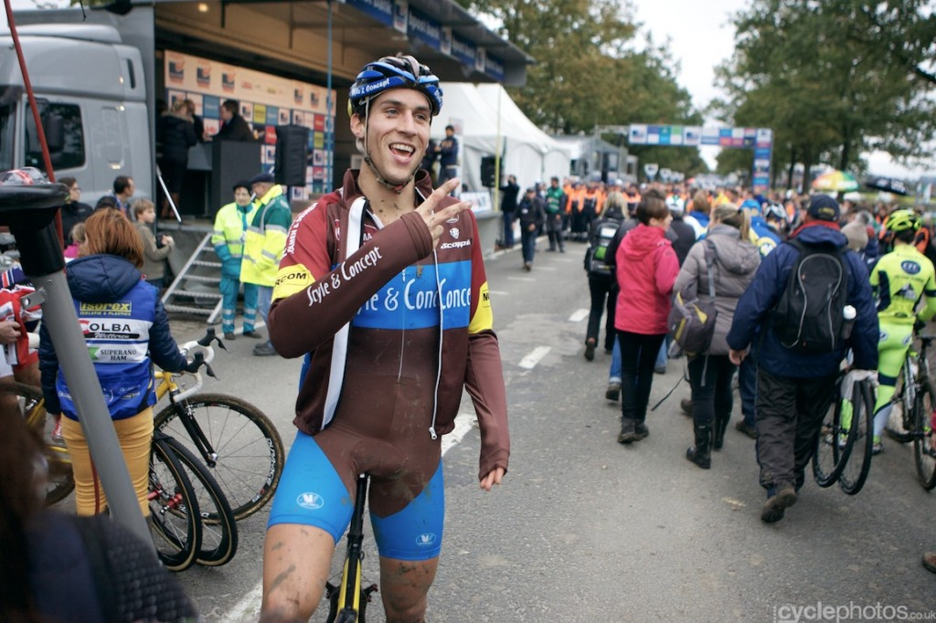 Jan Denuwelaere flashes a smile after finishing his last-ever cyclocross race.