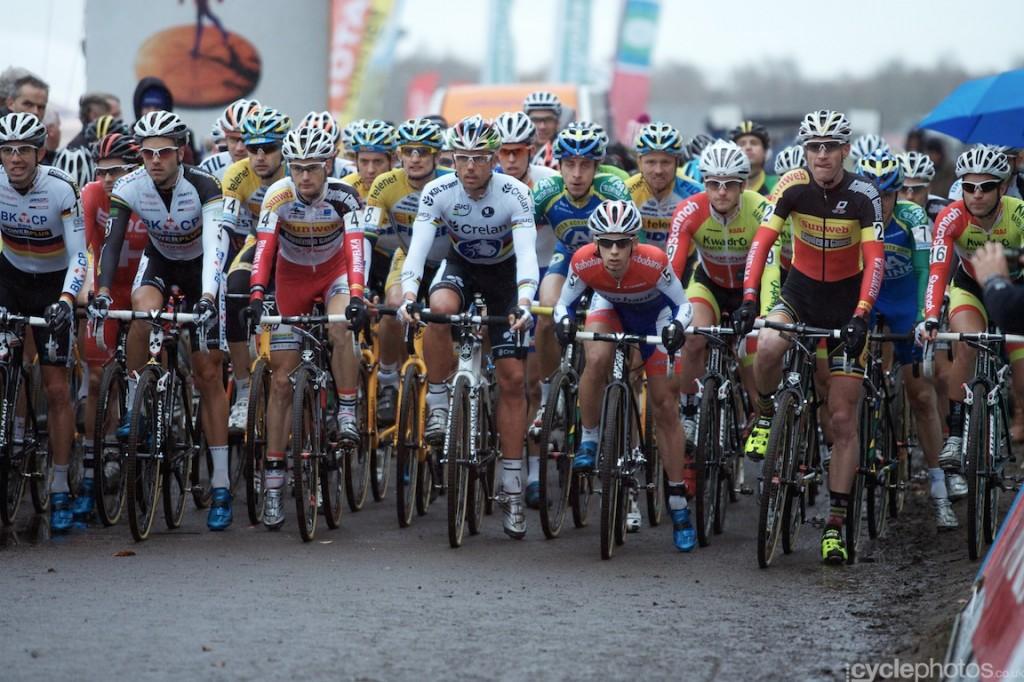 2013-cyclocross-superprestige-gieten-79-start