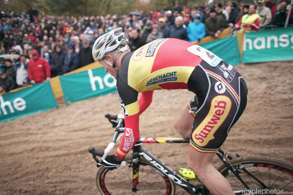 Klaas Vantornout descends into the Zonhoven sandpit during the Zonhoven Superprestige race