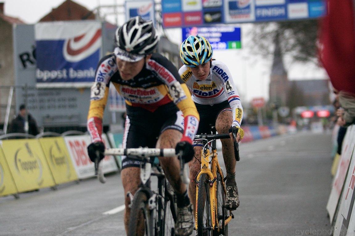 2013-cyclocross-bpostbanktrofee-loenhout-70-nikki-harris