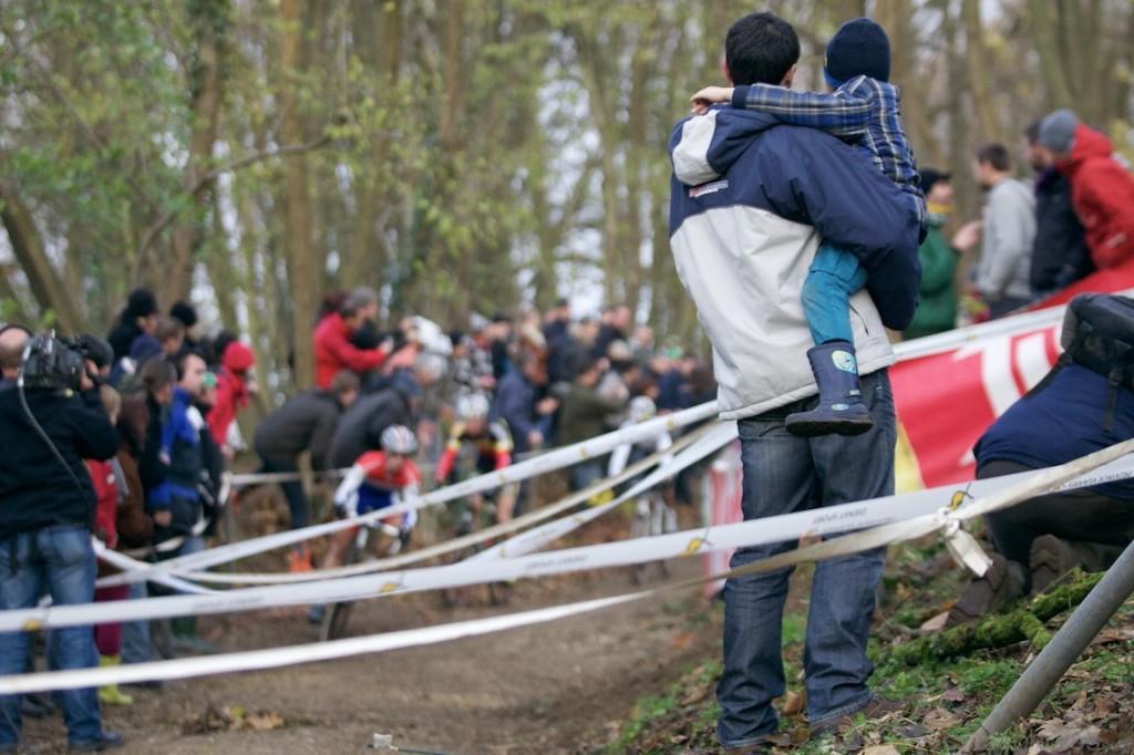 2013-cyclocross-overijse-27-spectators