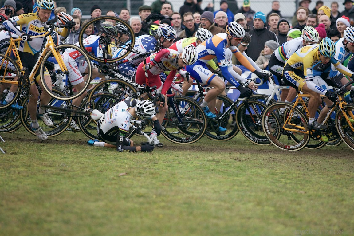 The moment Niels Albert crashed in the first lap of the  5th lap of UCI cyclocross World Cup race in Zolder, Belgium. Photo by Balint Hamvas / Cyclephotos. All rights reserved.