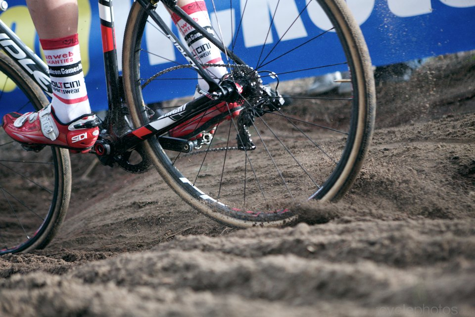 Kicking up dust. 2014 Bpost Bank Trofee #8, Oostmalle. Copyright by cyclephotos.