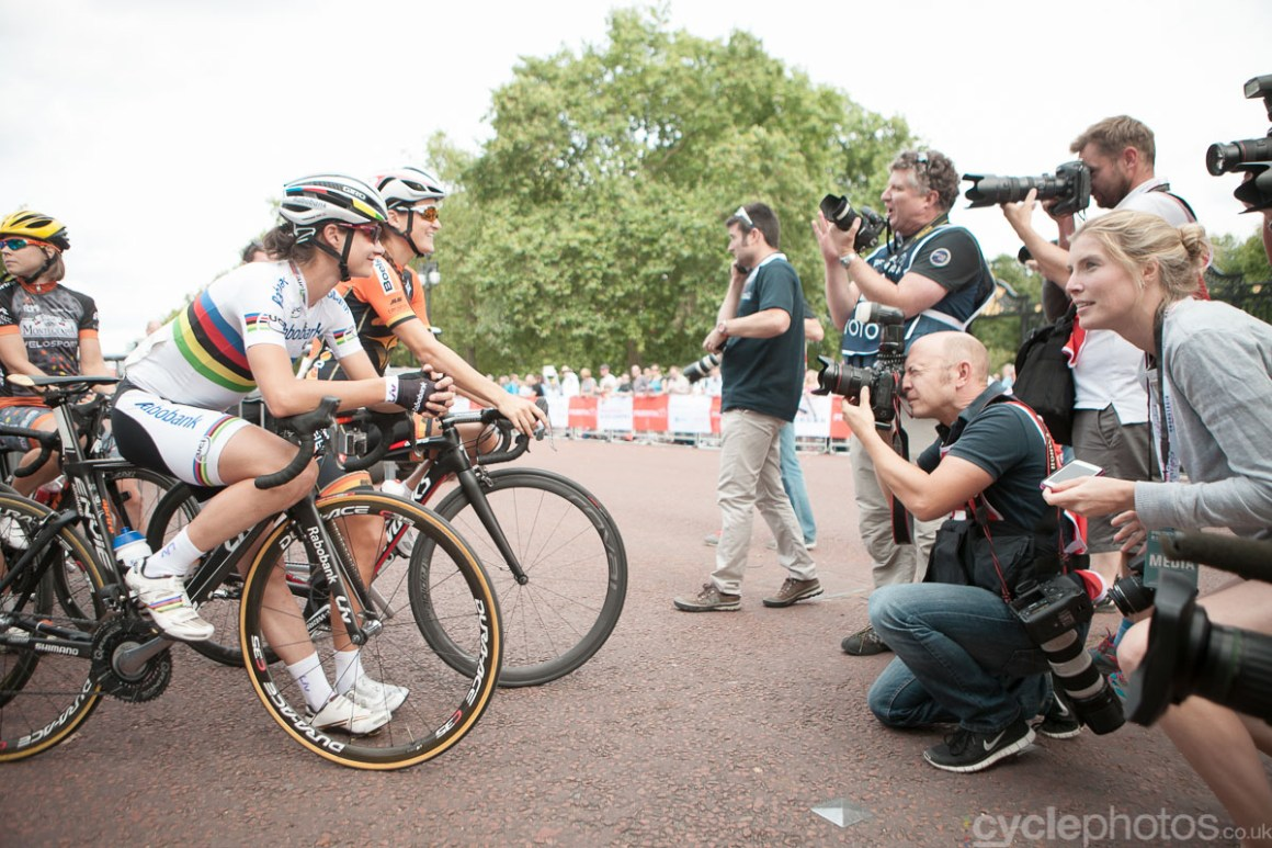 Marianne Vos and Lizzie Armitstead faces the photographers before the 2014 RideLondon Grand Prix.
