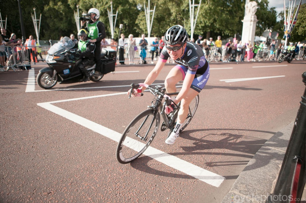 Sarah Storey rides the 2014 Prudential RideLondon Grand Prix.