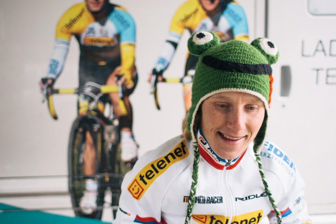 Pavla Havlikova warms up for the 2013 Superprestige cyclocross race in Gieten.
