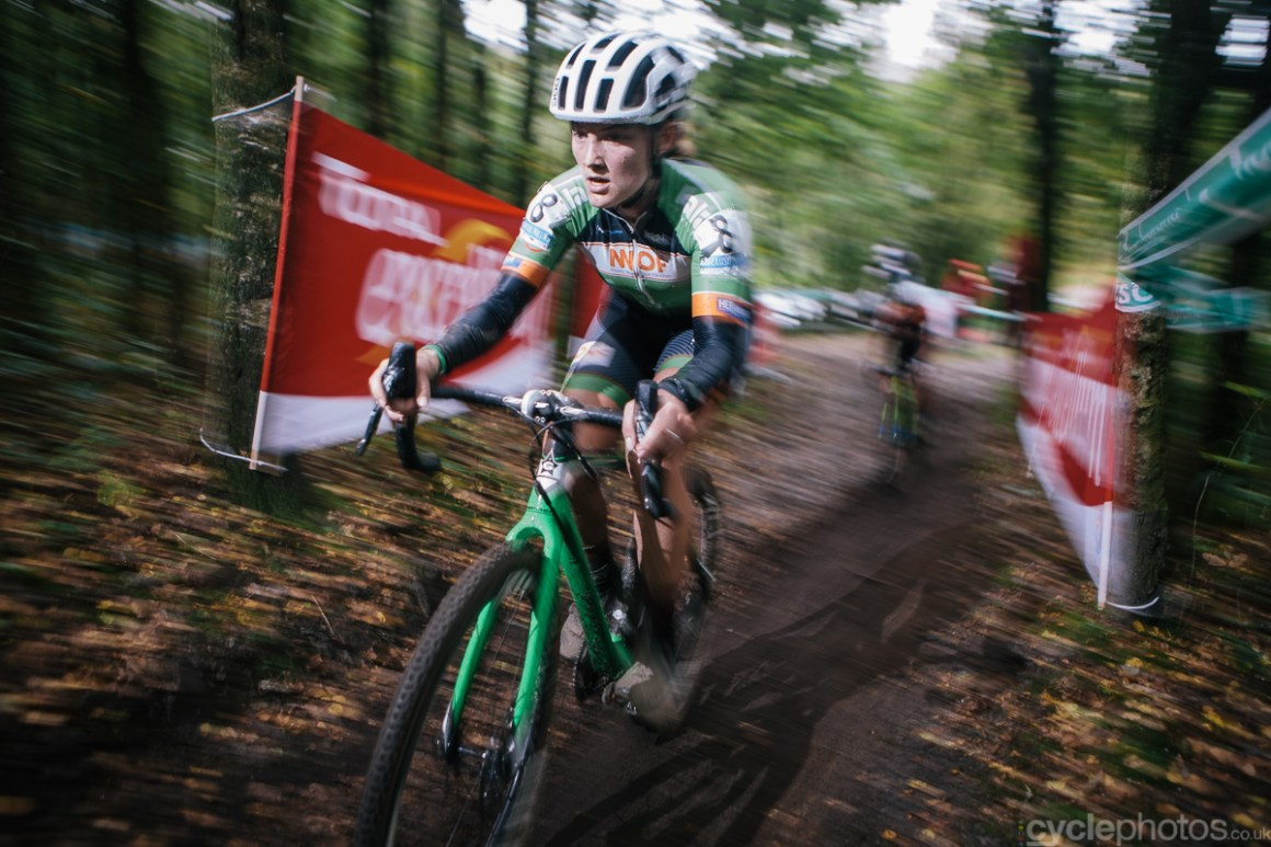 Elle Anderson rides in the second lap in the Superprestige cyclocross race in Gieten, in 2014. Photo by Balint Hamvas / cyclephotos.co.uk