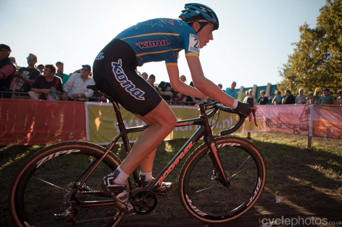 Helen Wyman leads the field in the fourth lap of of the first cyclocross World Cup race of the 2014/2015 season in Valkenburg.