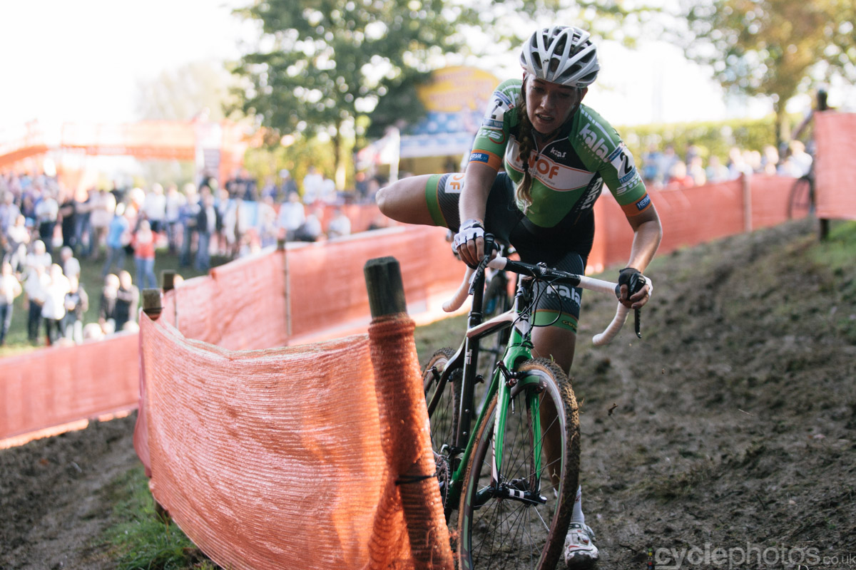 Sophie de Boer tackles a tricky corner in the last lap of of the first cyclocross World Cup race of the 2014/2015 season in Valkenburg.