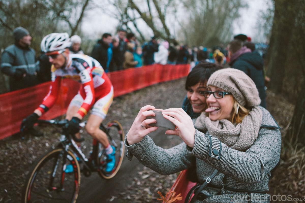 2014-cyclocross-bpost-bank-trofee-hamme-selfie-160434