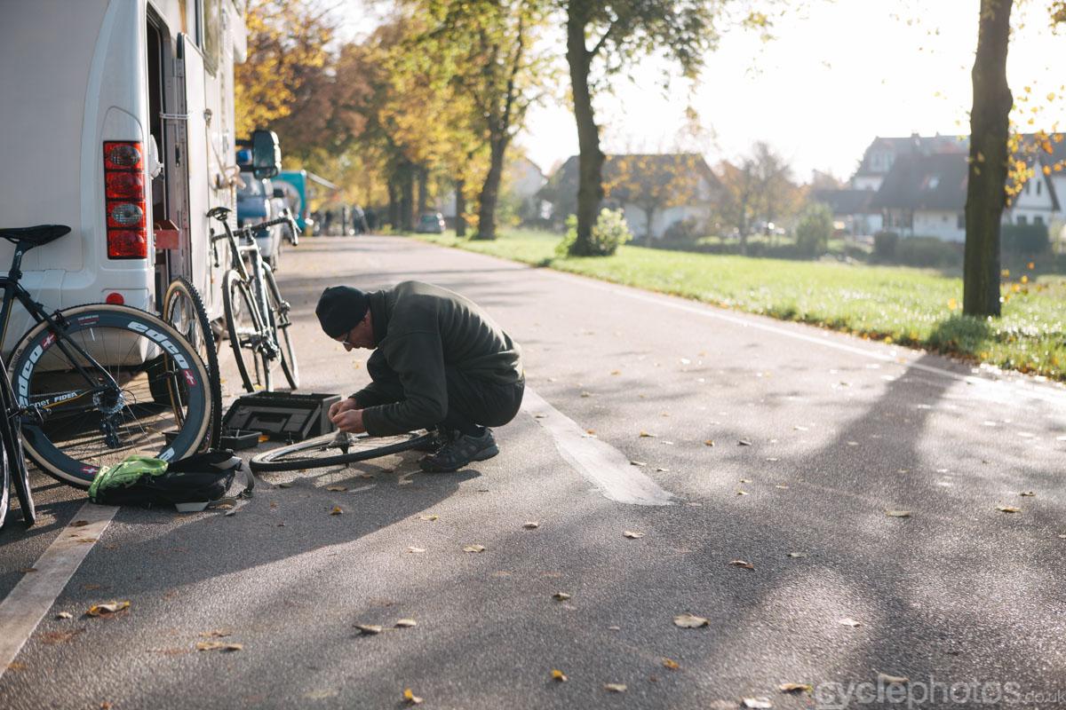 2014-cyclocross-lorsch-mechanic-105852