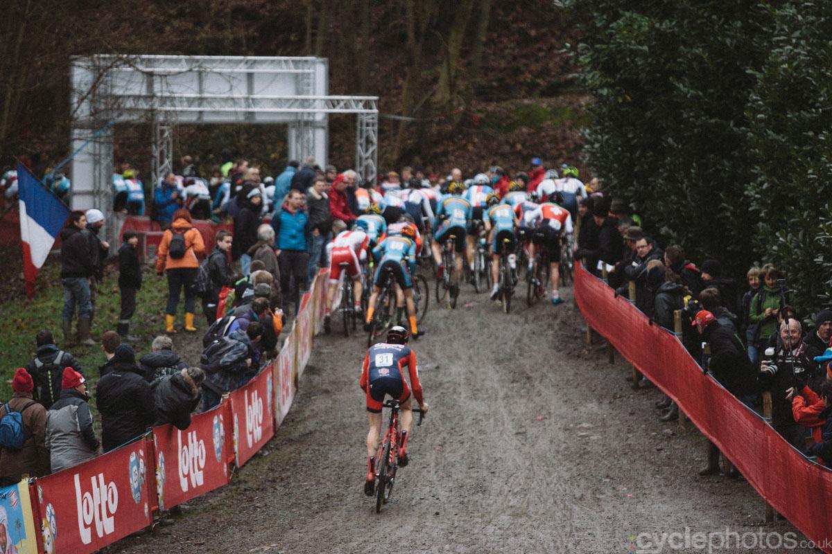 2014-cyclocross-world-cup-namur-u23-start-111222