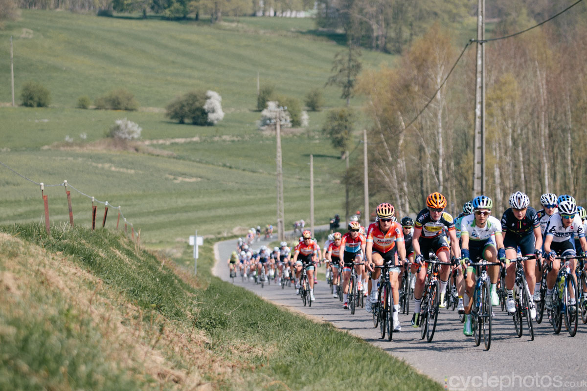 2015-womens-road-110534-peloton