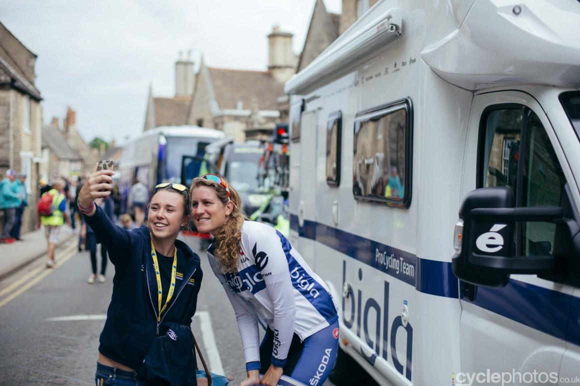 cyclephotos-womens-tour-of-britain-091903-vera-koedooder