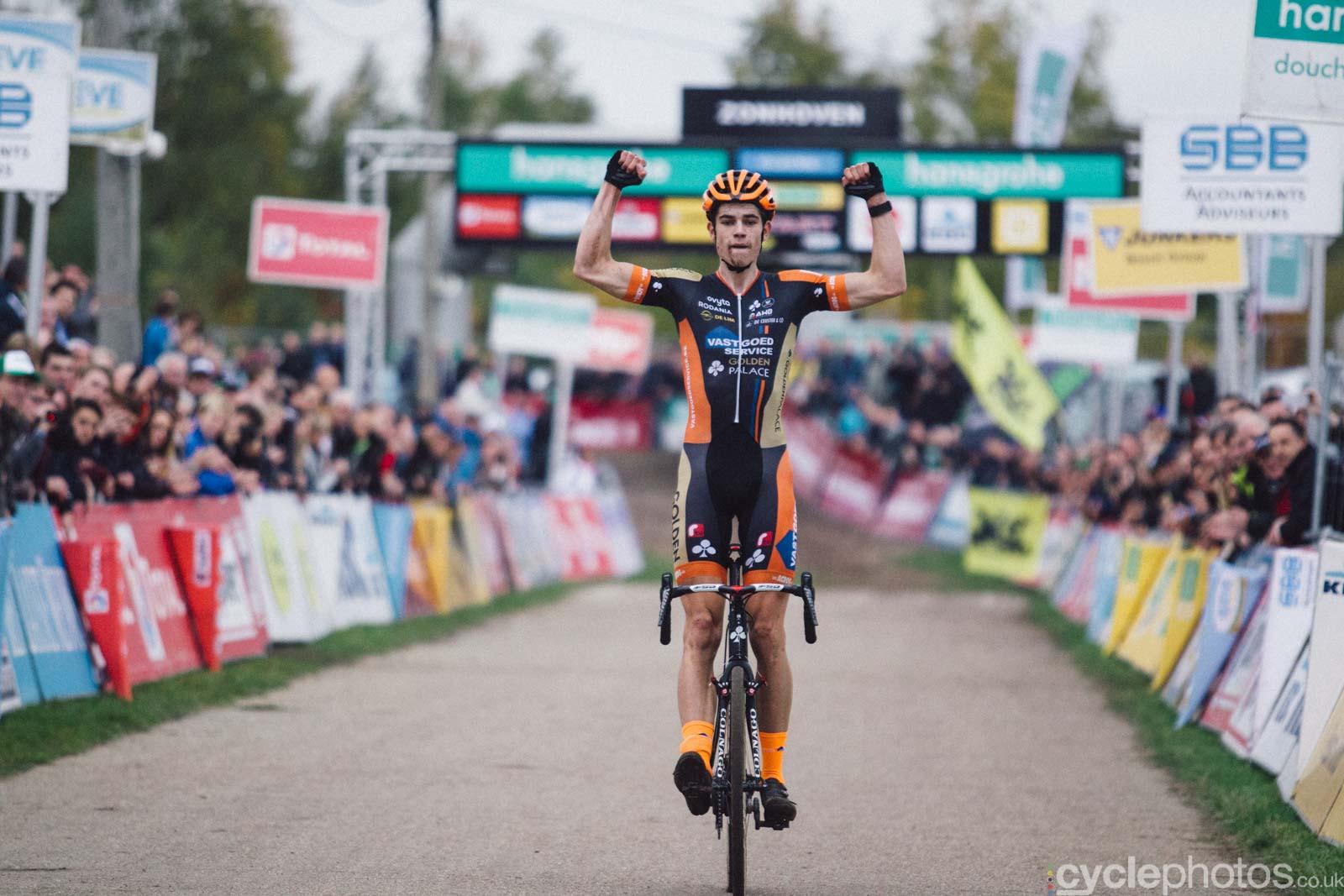 2015-cyclephotos-cyclocross-zonhoven-170113-wout-van-aert
